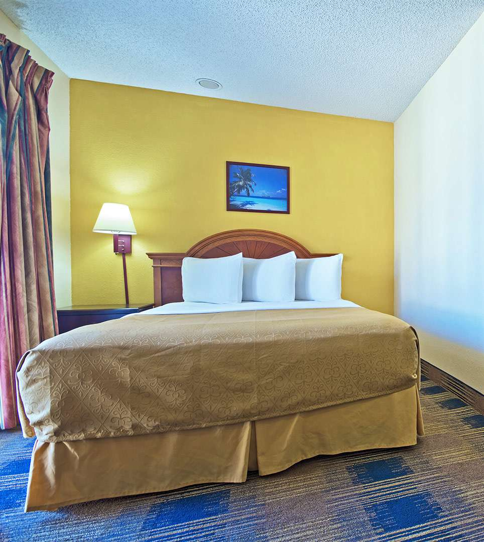 BOOK YOUR STAY AT ST. AUGUSTINE ISLAND INN & SUITES TODAY